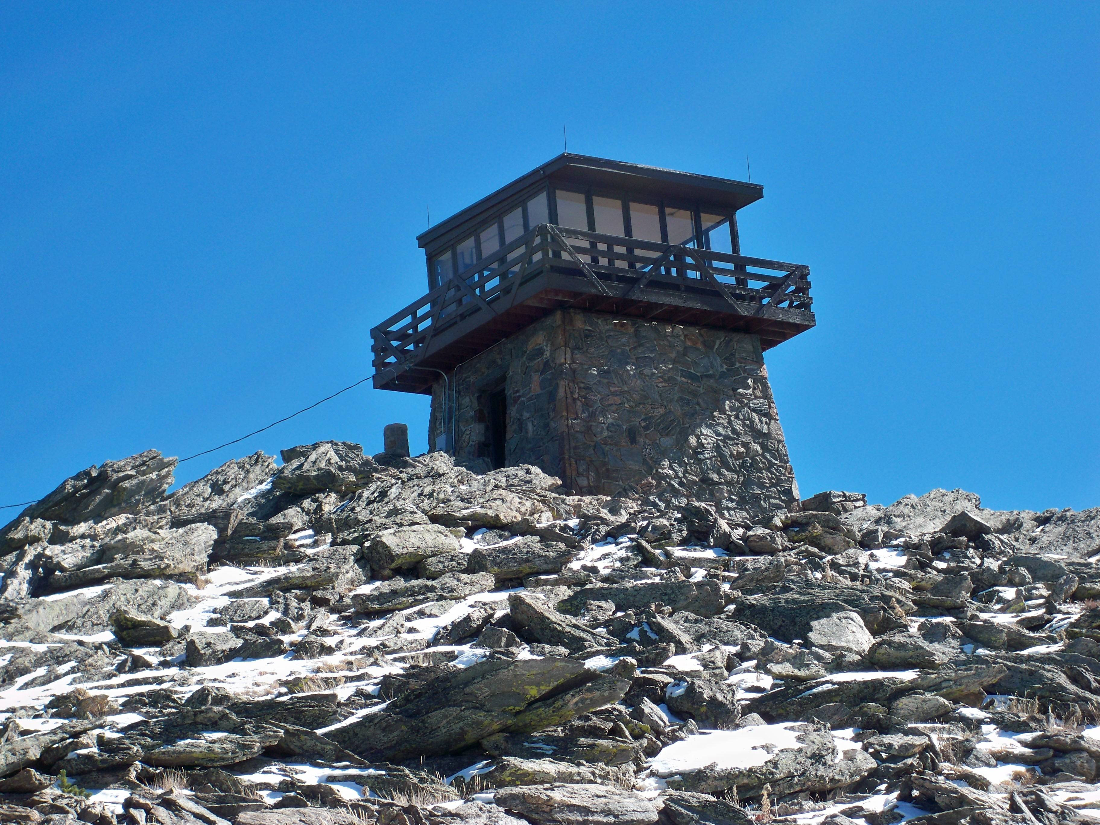 Squaw Moutain Fire Lookout building