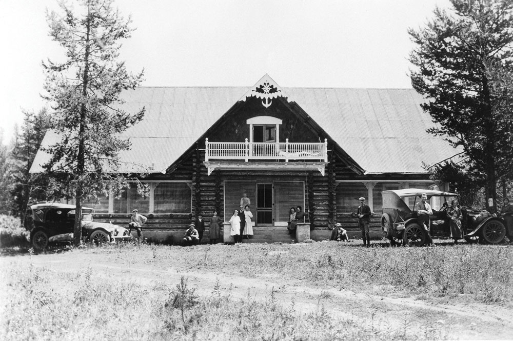 Historic photo of Big Falls Inn in the summer