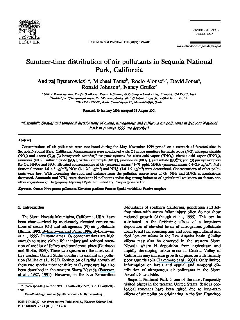 Summer-time distribution of air pollutants in Sequoia
