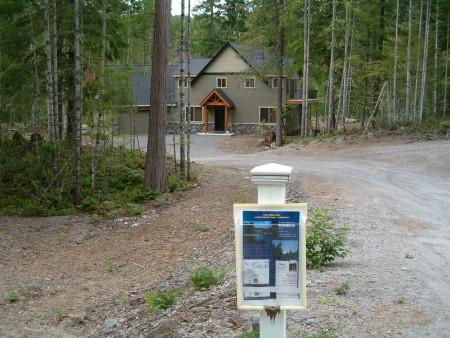 Photo of Housing development near the Gifford Pinchot National Forest, Washington. Rhonda Mazza, USDA Forest Service