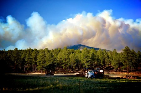 Photo of The Thompson Ridge Fire in the Jemez Mountains, taken from the Valles Caldera Bonca Bonita site (north-central New Mexico). Jeremy Marshall,  USDA Forest Service