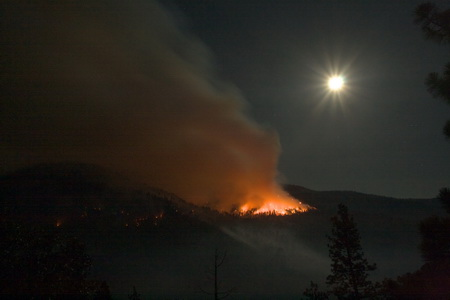 Photo of Fire managers managed the Grouse Fire of 2009 to encourage burning during periods of favorable smoke dispersion, including times at night.