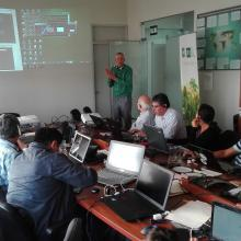 Paul Patterson, RMRS Inventory & Analysis statistician, presenting during the R and Open Foris Calc Workshop in Lima, Peru