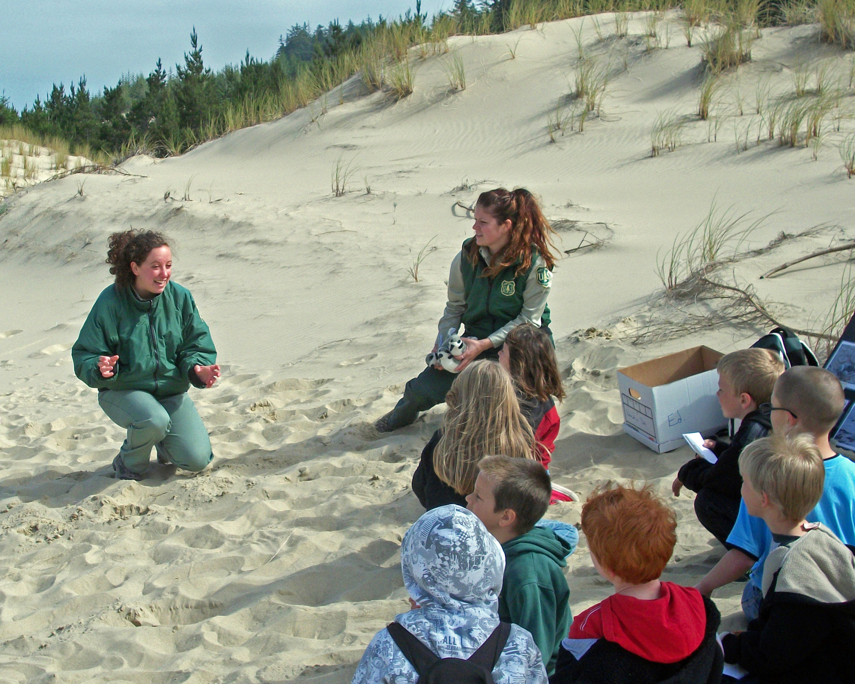 Oregon Dunes Teach Elementary Students about Conservation