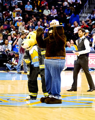 denver nuggets-smokey