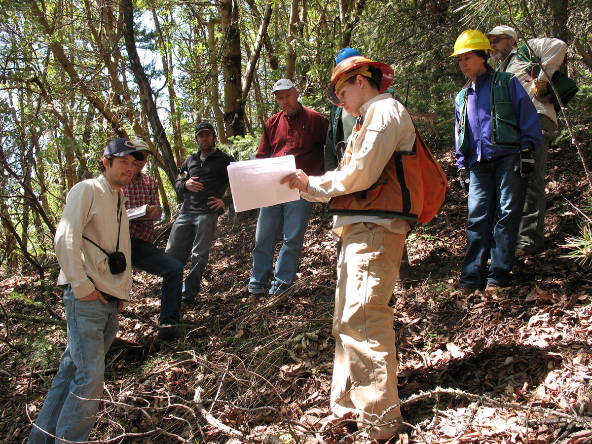 A group of stakeholders participate in a field trip within the Ashland municipal watershed. Photo credit: US Forest Service