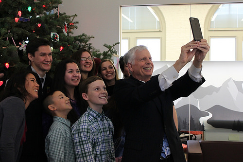 Chugach Children's Forest alumni and their mentors take a selfie with U.S. Forest Service Chief Tom Tidwell. (Photo credit/Chugach Children's Forest)