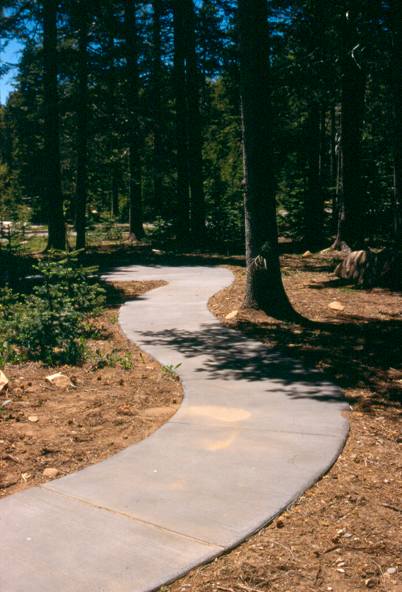 A picture of Columbine Visitor Center Loop Trail
