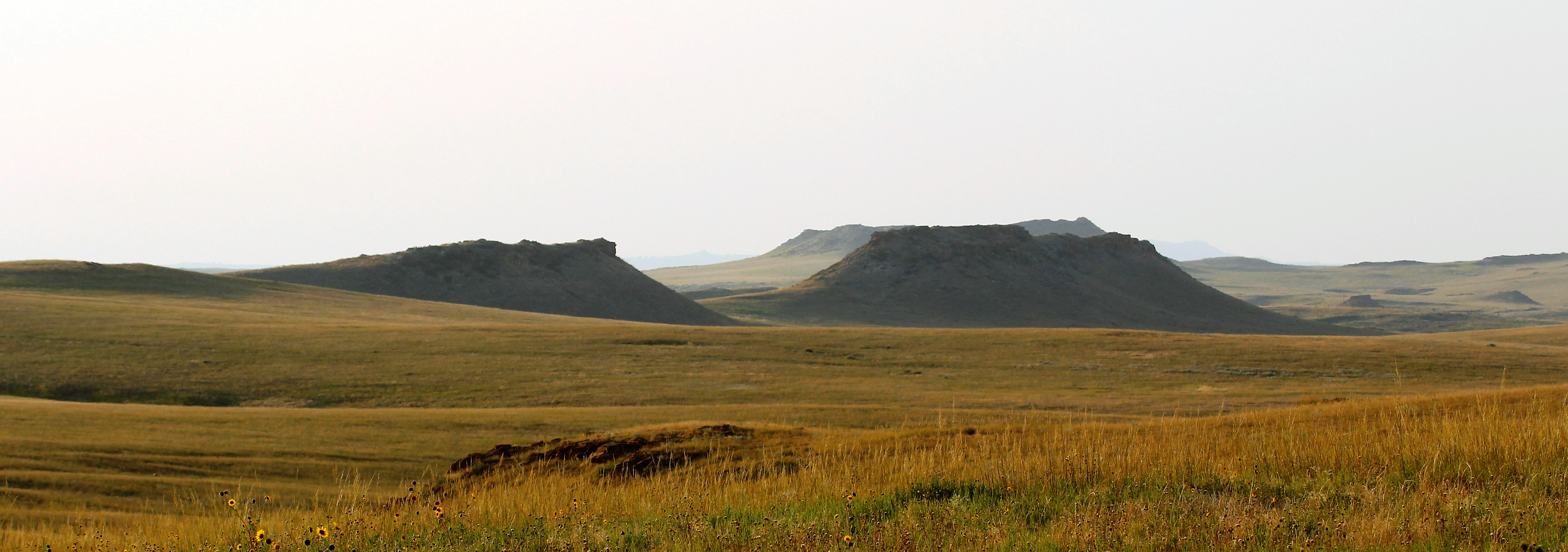 Majestic buttes stretch across Thunder Basin National Grassland in Douglas, Wyo. as autumn sets in.