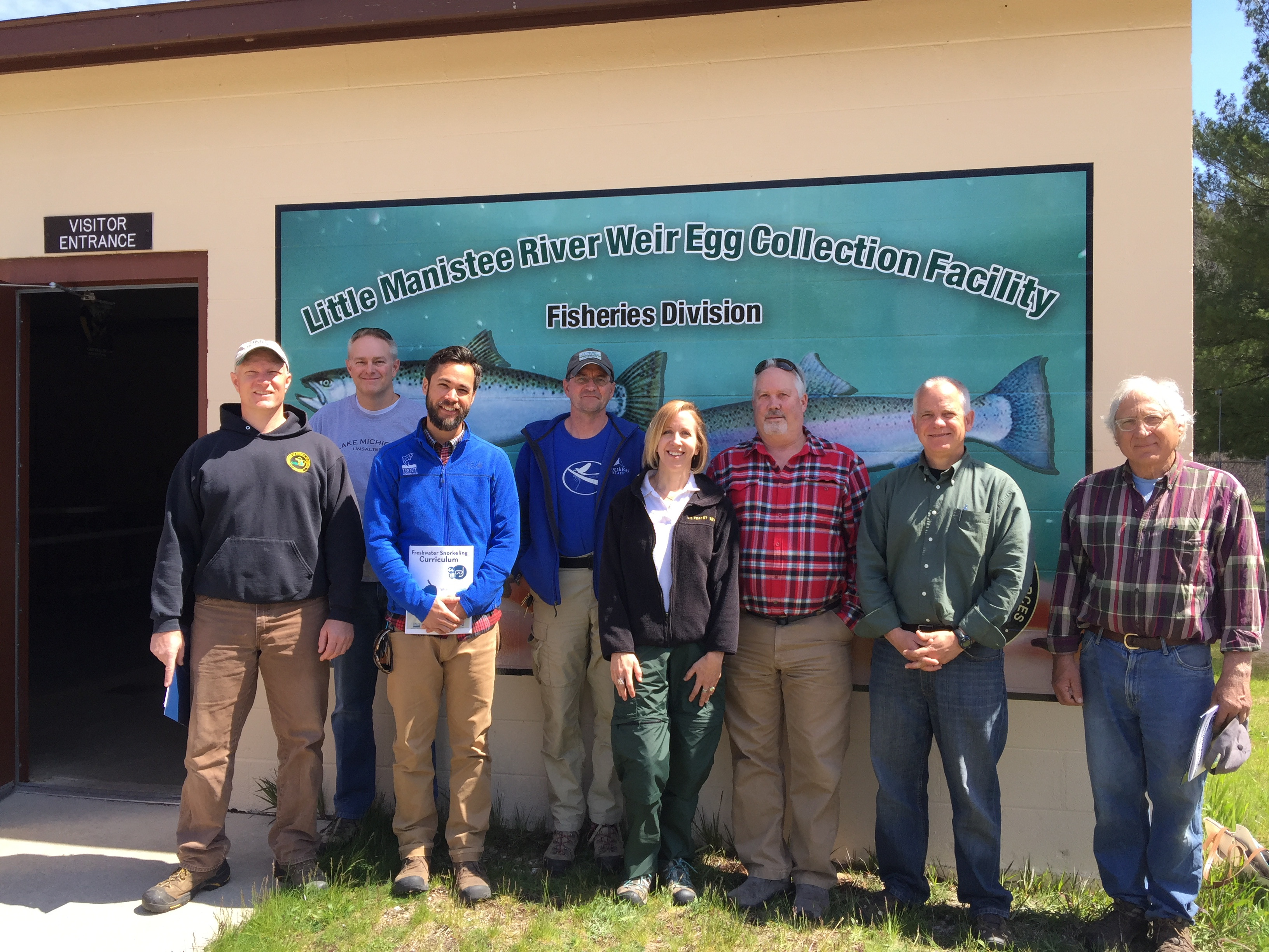 Group photo showing DNR staff, Forest Service staff, North Bay, and the Spirit of the Bear Club members