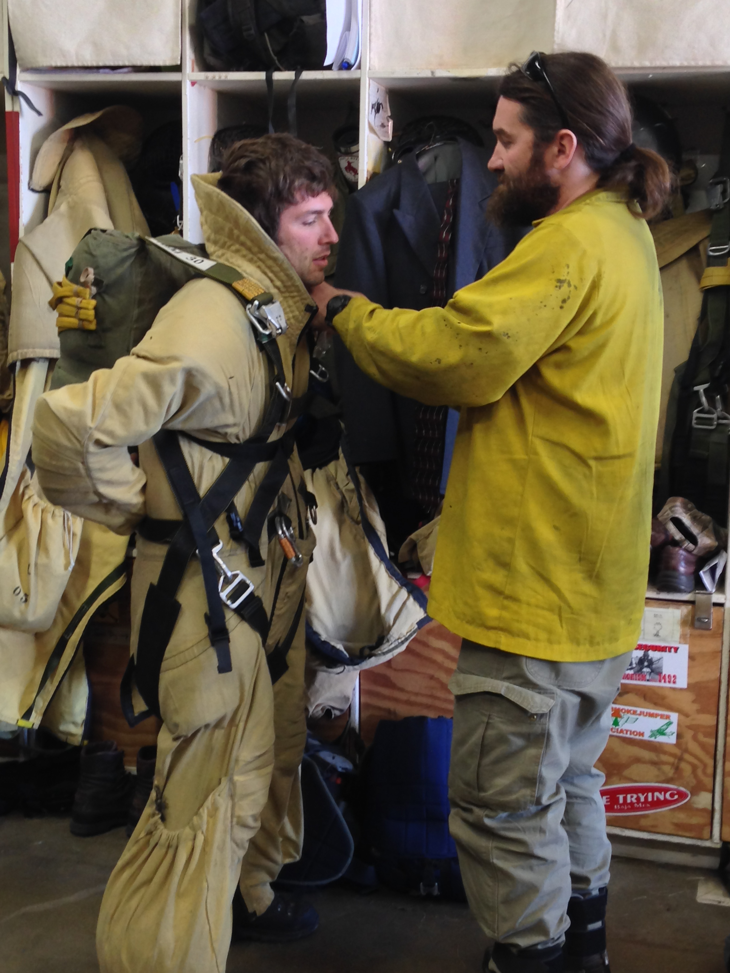 Smokejumper suiting up