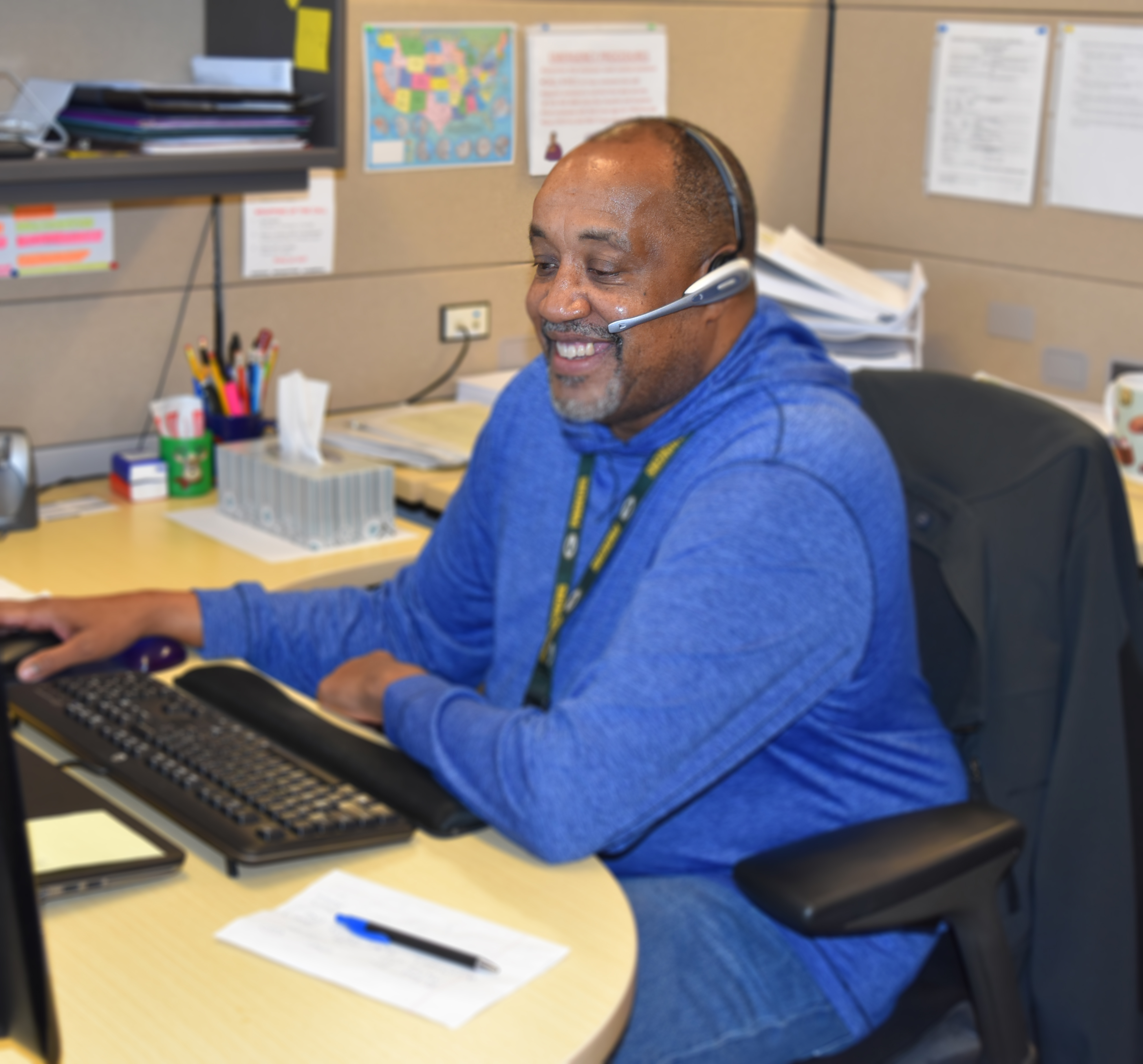 Forest Service HRM employee, Rudy Wise helps a Forest Service employee with HR questions.